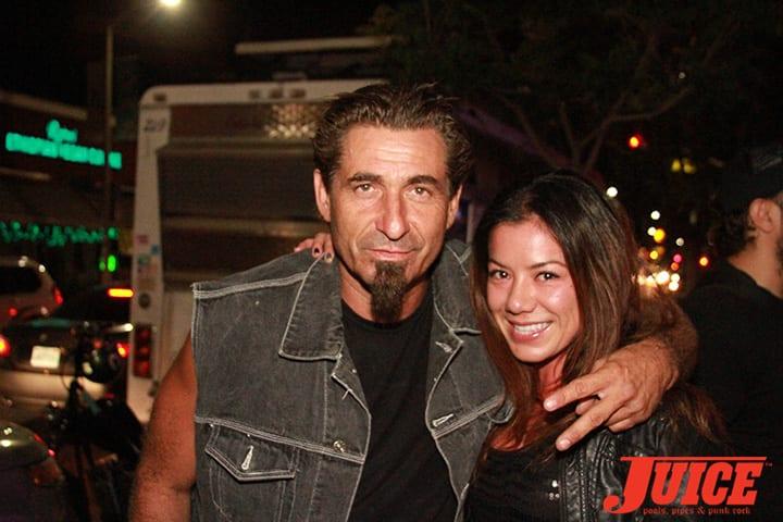 Eddie Reategui and Sarah. Daggers Rule! 2014. Photo by Dan Levy