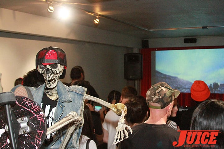 La Paz DIY Build Premiere. Daggers Rule! 2014. Photo by Dan Levy