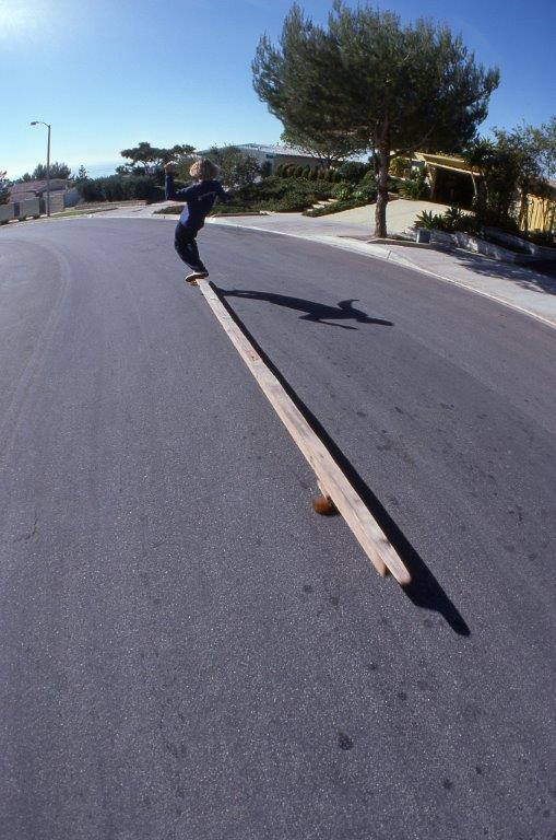 longestskateboard